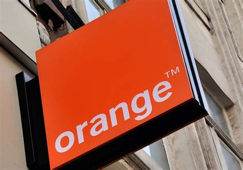 orange telecom france s orange in tie up talks with iranian telecom titan