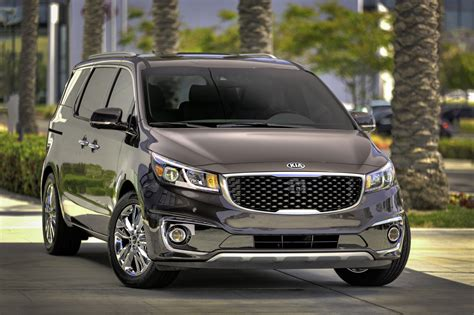 The New Kia Sedona 2015 Kia Sedona Look Photo Gallery Motor Trend