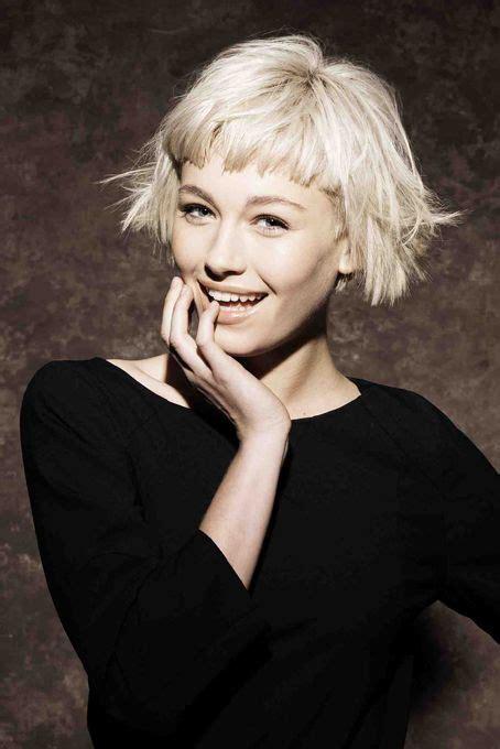 pictures of long whisper bangs best 25 blonde hair bangs ideas on pinterest hillary