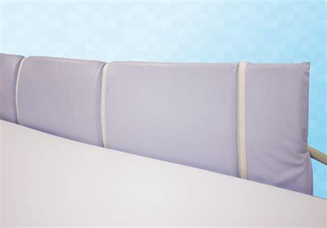 tete de lit en mousse protection en mousse pour barri 232 re t 234 te et pied de lit