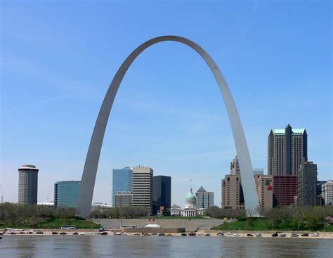 gateway arch file st louis gateway arch jpg
