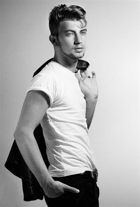 rockabilly male models f 224 bio coentr 227 o channels 50s style with pompadour hairstyle