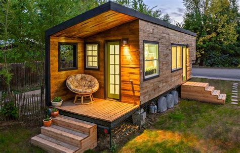 dear people who live in fancy tiny houses lauren modery dear people who live in fancy tiny houses robert shaw of