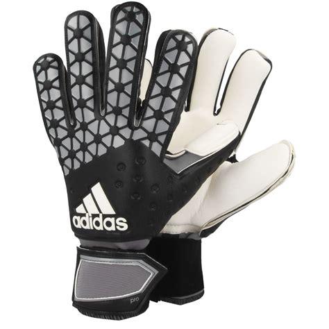 guanti da portiere adidas adidas guanti da portiere uomo calcio guanti da portiere