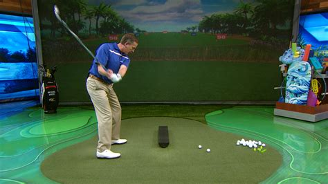 michael breed golf swing michael breed host of the golf fix gives a better