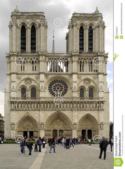 Notre Dame Mba Admissions Statistics 2000 by Notre Dame Cathedral Facade Editorial Photography Image