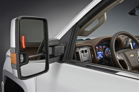 2014 Silverado 1500 Tow Mirrors by New Gm Towing Mirrors Debut On Silverado High Country Hds