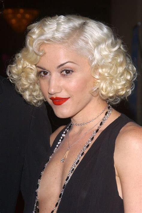gwen stefani hairstyle medium blonde curly hairstyle with bangs gwen stefani curly hair styles hairstyle gallery