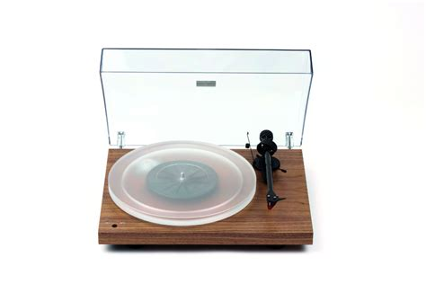 diy pro ject debut carbon turntable with mango plinth long live vinyl pro ject debut carbon recordmaster hires
