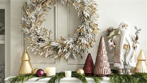 Hiasan Pintu Natal Kalung Gold inspirasi modern dekorasi natal di rumah casaindonesia