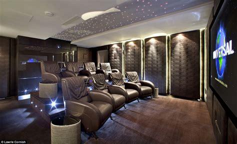 Salle De Cinema Privée 533 by Mansion For Sale On Bishop S Avenue Aka