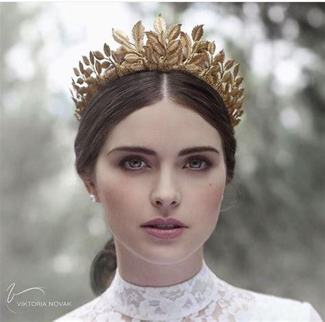 a gold sprayed flower crown wedding hairstyles photos the 25 best leaf crown ideas on pinterest