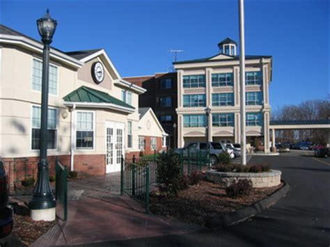 lord chamberlain nursing rehab in stratford ct 06614