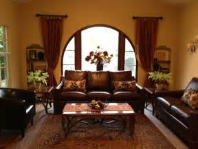 1928 style traditional living room los