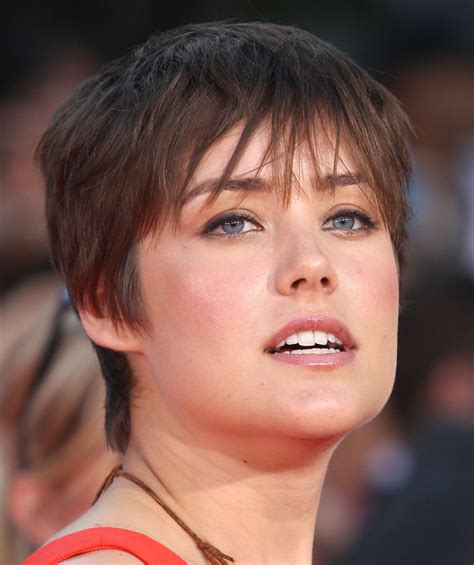 megan boone backward flow haircut megan boone photos photos premiere of summit