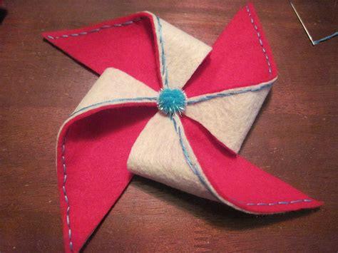 Felt Paper Crafts - craft class felt pinwheel brooch professor pink