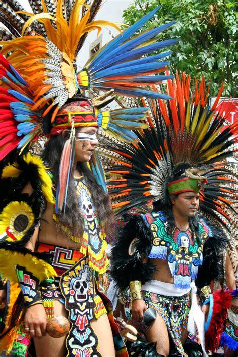 imagenes de trajes aztecas violetas el imperio azteca mexicas
