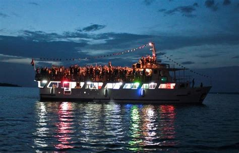 the boat party its rocking time at boat parties vagabond images