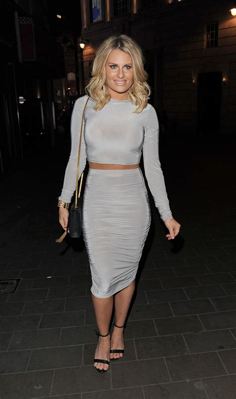 danielle towie haircut danielle armstrong the only way is essex wrap party in