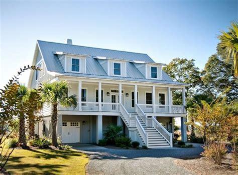 Beautiful, Inspiring Beach Style Homes