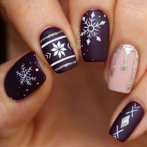 beautiful holiday nails