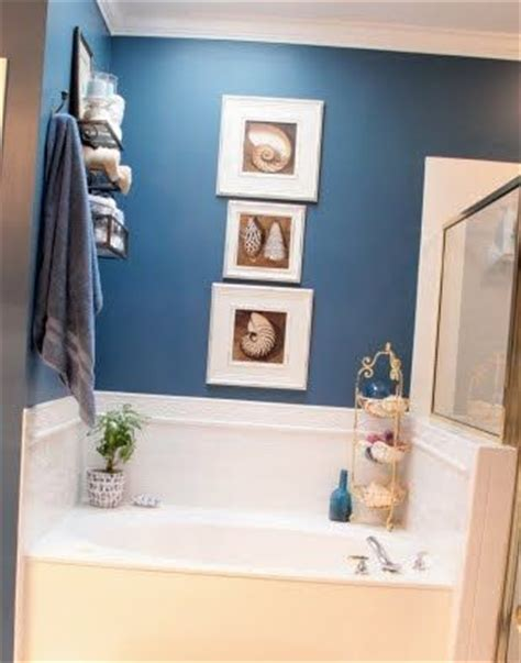 Themed Bathroom Paint Colors by Ahhh I Could Spend Some Time In Here Looking For