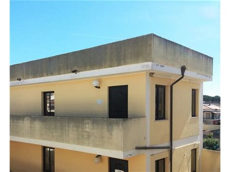 affitto sanluri appartamenti negozi uffici in vendita a sanluri