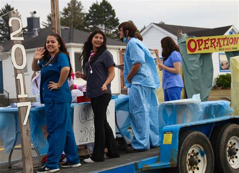 years eureka high homecoming parade theme