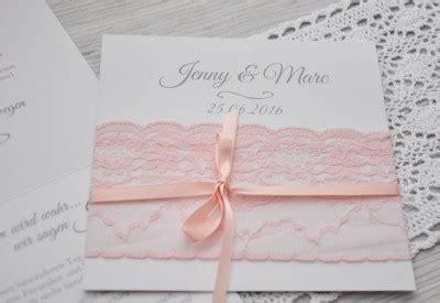 Einladungskarten Hochzeit Altrosa by Einladungskarte Hochzeit Mit Rosa Stoffspitze