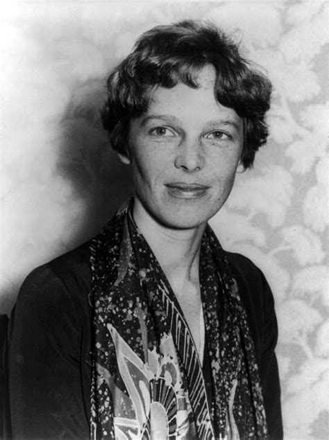 amelia earhart biography in english amelia earhart simple english wikipedia the free