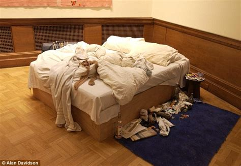 al jefferson bed tracey emin fears her famous 163 1m bed artwork won t stay in