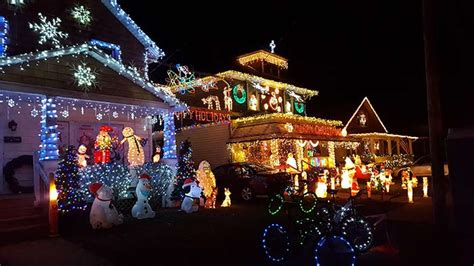kingston s santa claus lane residents go all out to