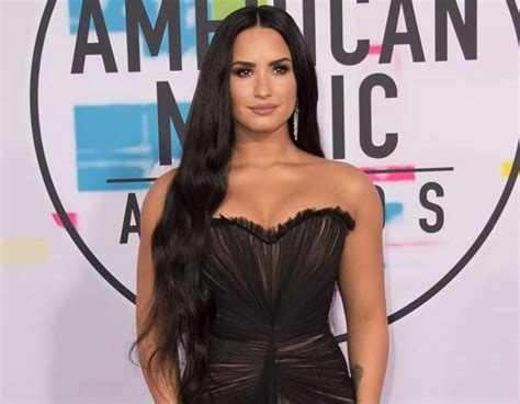 demi lovato and her family demi lovato is awake and with her family after overdose