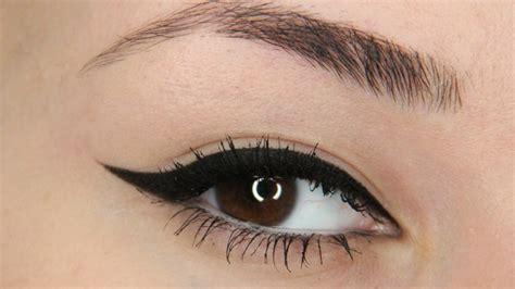 Nyx Glitter Eyeliner winged eyeliner tutorial nyx epic black mousse liner