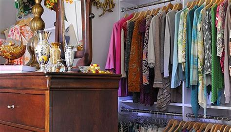 Closet Of Guilt And Pleasure 2 by 15 Closets That Put Carrie Bradshaw To Shame Midcentury