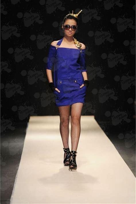 blue dresses black shoes quot pfw 2009 chris diaz