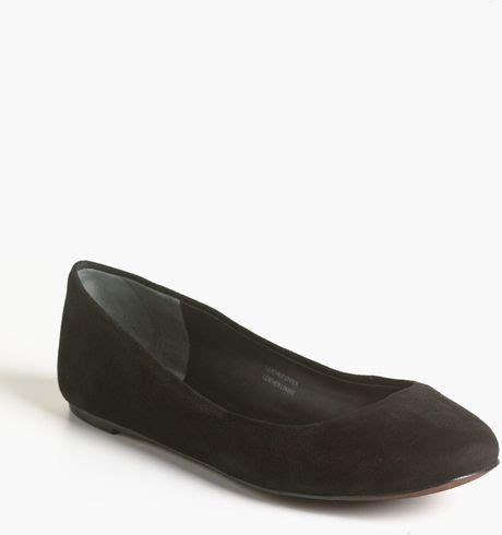 vera wang shoes flats vera wang leather ballet flats in black black sued lyst