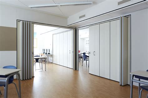 retractable wall folding wall plan in corner attaca