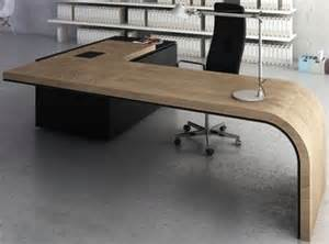 Desk Floor Director by 25 Best Ideas About Modern Office Desk On