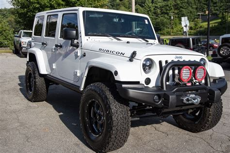 jeep rubicon white lifted 2015 jeep wrangler rubicon unlimited white hemi conversion