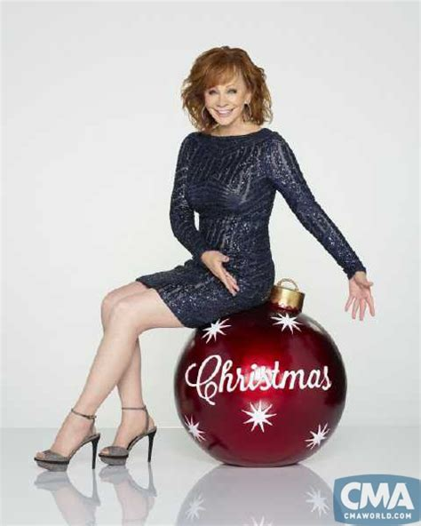 cma archive net reba mcentire to host cma country christmas tv special