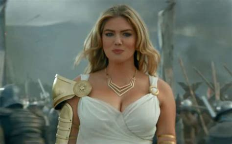 kate upton features in trailer for game of war fire age the game of war fire age trailer featuring kate upton