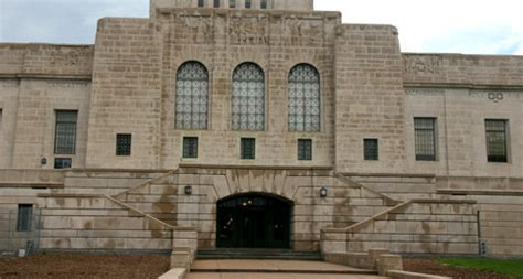 haunted houses lincoln ne find real haunted houses in lincoln nebraska the nebraska state capitol in lincoln