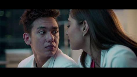 Catatan Dodol Calon Dokter quot catatan dodol calon dokter quot official trailer