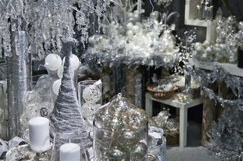 christmas interior decoration trends for home dubai