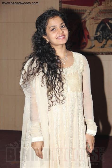 heroine pooja ka photo unnodu ka movie pooja event gallery unnodu ka movie pooja