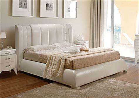 letti tappezzati letti tappezzati classici fabulous letti imbottiti e