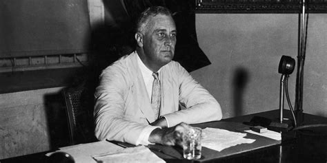 franklin d roosevelt a political thorndike press large print biographies and memoirs books another book about fdr yes and it s a must read huffpost
