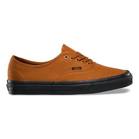 Sepatu Skate Vans Authentic Blacksole black sole authentic shop at vans