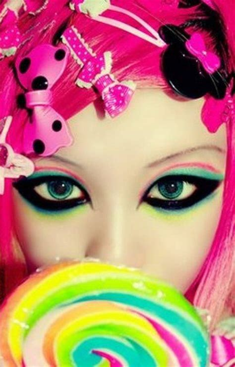 Mascara Harajuku i wouldn t wear the black so thick though harajuku makeup bubblegoth makeup